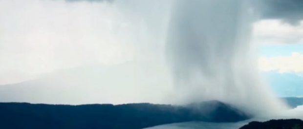 «Le ciel ouvre ses portes.» La scène incroyable d'une pluie qui est devenue virale